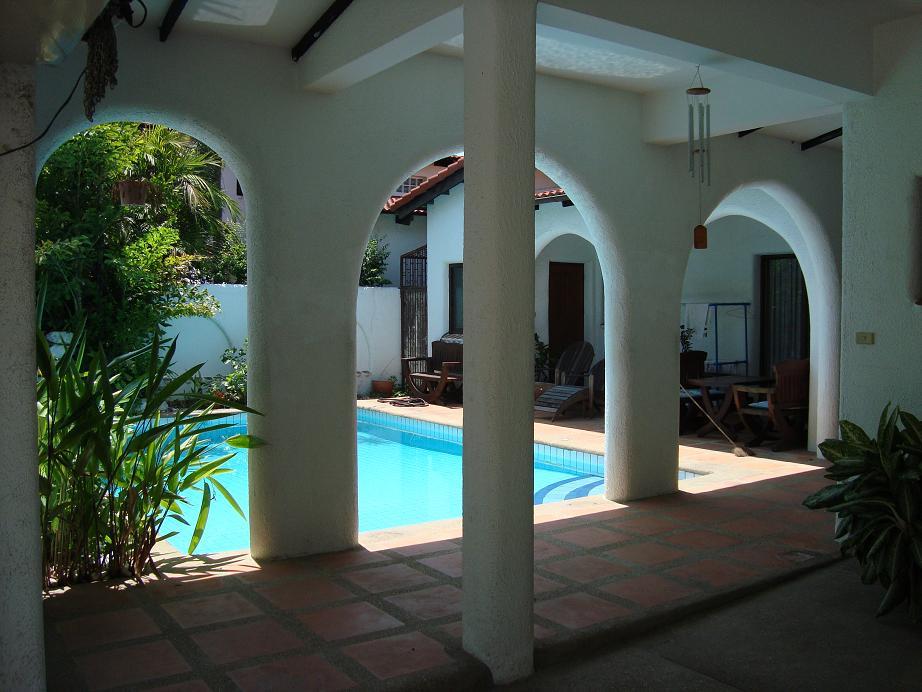 palm-springs-village6